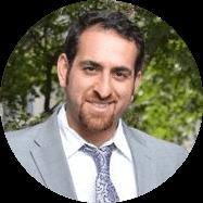 Navid Derakhshan headshot