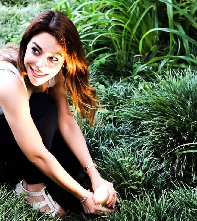 Nona Hosseini of outdoor makeover
